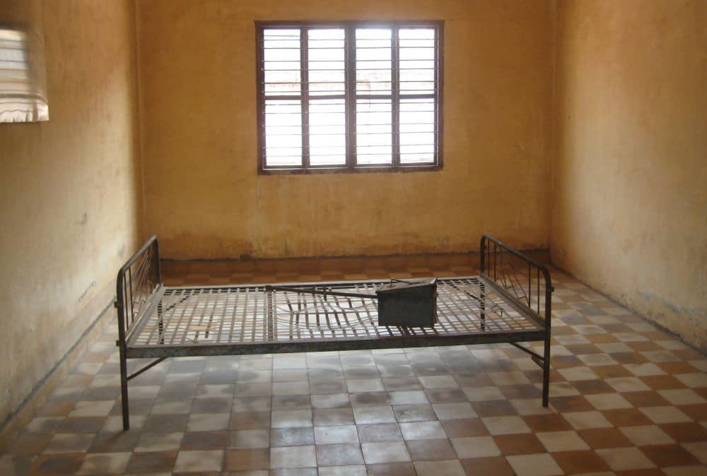 Tuol Sleng Kambodża - sala przesłuchań i tortur