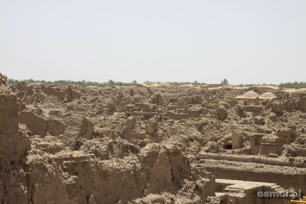 Bam - po trzęsieniu ziemi w 2003 roku jest tu morze ruin