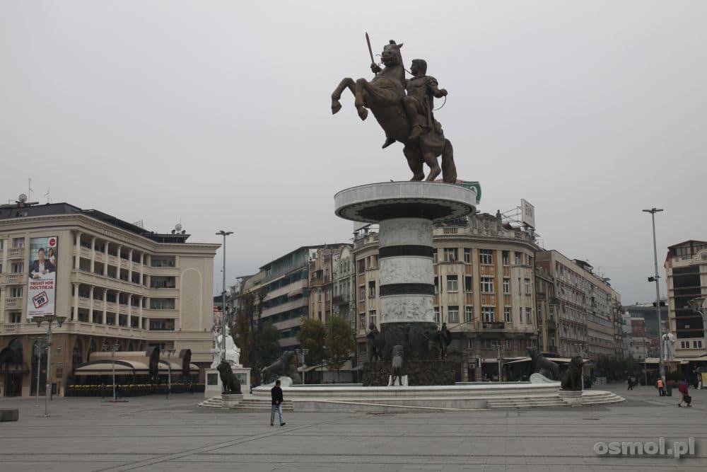 Skopje pomnik Jeźdzca na koniu