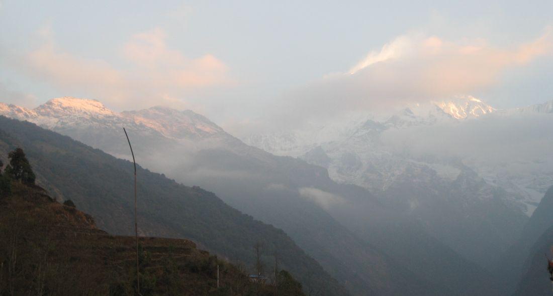 Świt w Himalajach