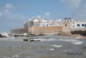 Essaouira w Maroku. Miasto wiatru i niebieskich łodzi