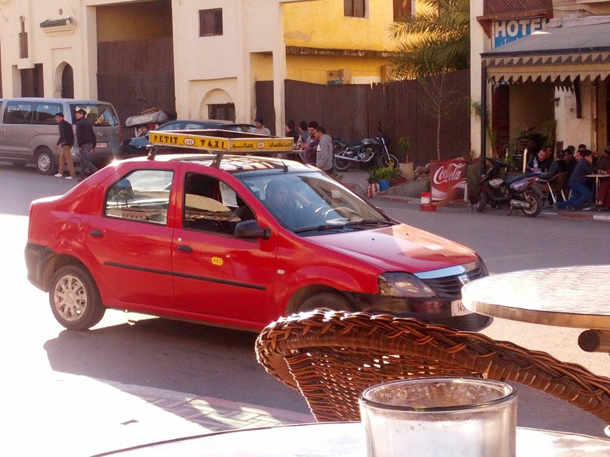 Petit taxi w Fezie